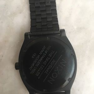 Nixon Accessories - Nixon Timeteller watch. Matte black.